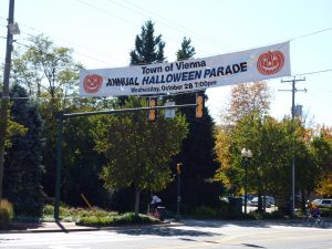 Vienna Virginia Halloween Banner on Maple Avenue