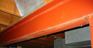 w:en:I-beam used for the load-bearing structur...