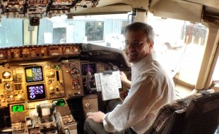 Doug Francis in 757 cockpit