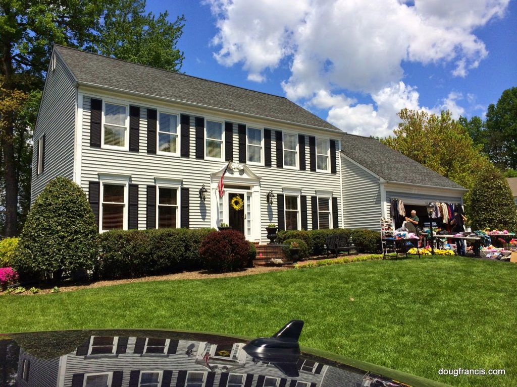 Colonial Real Estate : Pavlov s dog or today home buyer
